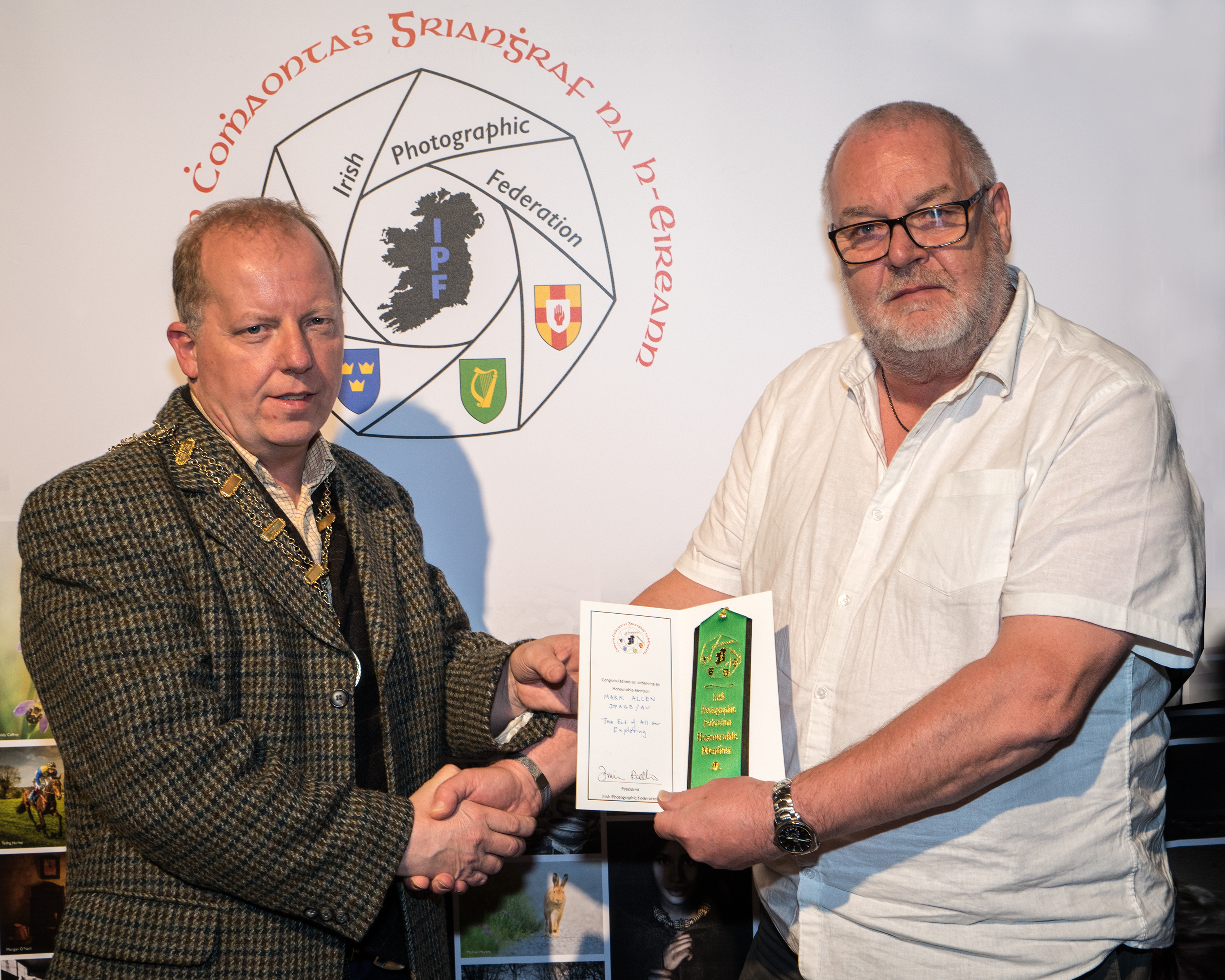 Dominic Reddin, FIPF presenting an Honourable Mention Certificate to Mark Allen, DPAGB-AV