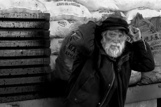 mid-louth_mono_02_noel_marry_the-coalman