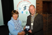 IPF President Dom Reddin presenting Rita Nolan with a silver medal in the Advanced Section