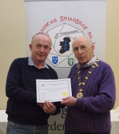 IPF Vice-President Sheamus O'Donoghue pictured with award winner Vincent Higgins
