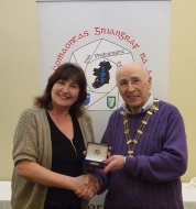 IPF Vice-President Sheamus O'Donoghue pictured with judge Gwen Charnock