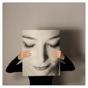 Chris Ducker - Shy Beauty- Dublin Camera Club - Projected Image Open - Judge's Medal.jpg