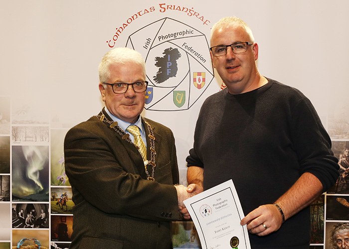 IPF-Vice-President-Liam-Beattie-presenting-Barry-Kieran-with-his-Licentiate-at-the-Sept-Distinctions-in-Carlow-