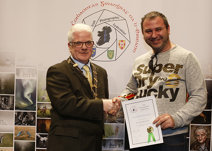 IPF-Vice-President-Liam-Beattie-presenting-Eugeny-Butusov-with-his-Licentiate-at-the-Sept-Distinctions-in-Carlow