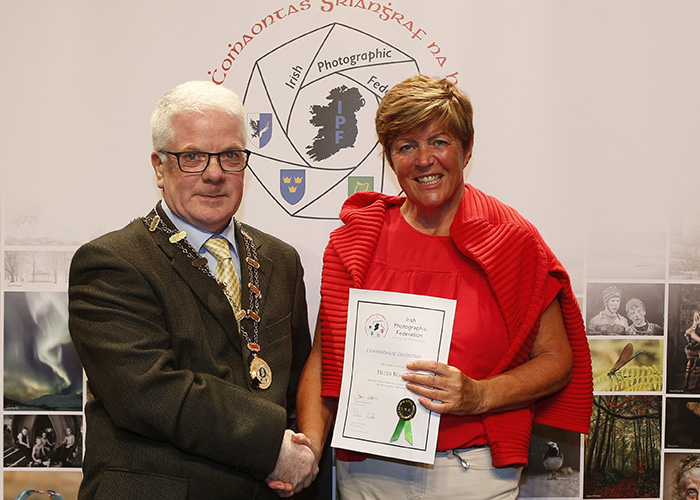 IPF-Vice-President-Liam-Beattie-presenting-Helen-Black-with-her-Licentiate-at-the-Sept-Distinctions-in-Carlow