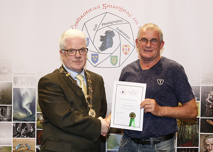 IPF-Vice-President-Liam-Beattie-presenting-Jimmy-Greene-with-his-Licentiate-at-the-Sept-Distinctions-in-Carlow-