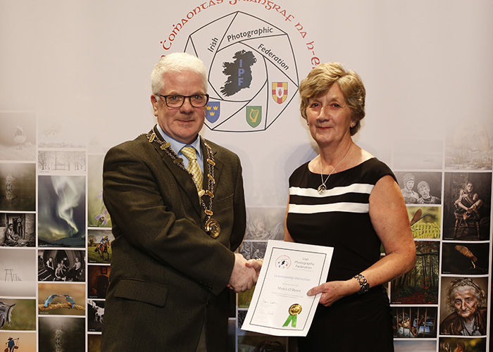 IPF-Vice-President-Liam-Beattie-presenting-Maria-O-Brien-with-her-Licentiate-at-the-Sept-Distinctions-in-Carlow