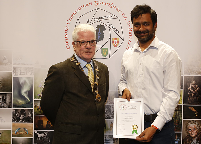 IPF-Vice-President-Liam-Beattie-presenting-Surya-Naredla-with-his-Licentiate-at-the-Sept-Distinctions-in-Carlow